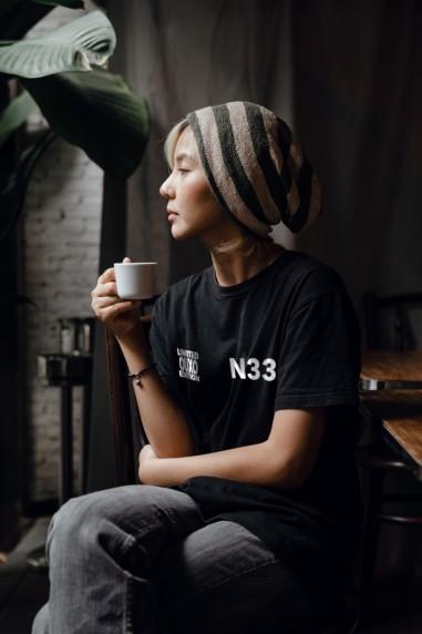 Camiseta de mujer OUXO SEAS negra
